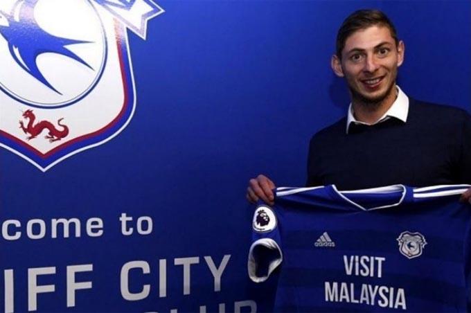 Sala đã rất hạnh phúc khi có cơ hội chơi bóng tại Premier League, nhưng không ngờ đó lại là một thảm kịch...
