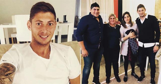 Gia đình nhỏ của Sala với Dario là người đứng ngoài cùng bên trái