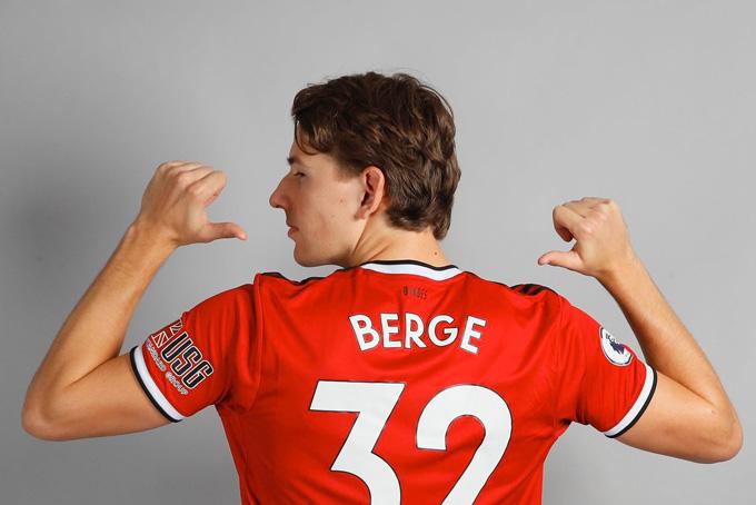 Sander Berge là bản hợp đồng kỷ lục của Sheffield United