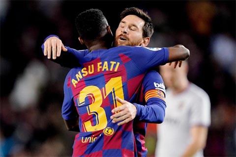 Messi và Fati thể hiên sự ăn ý