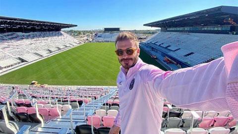 Beckham khoe sân vận động của riêng mình theo cách đặc biệt
