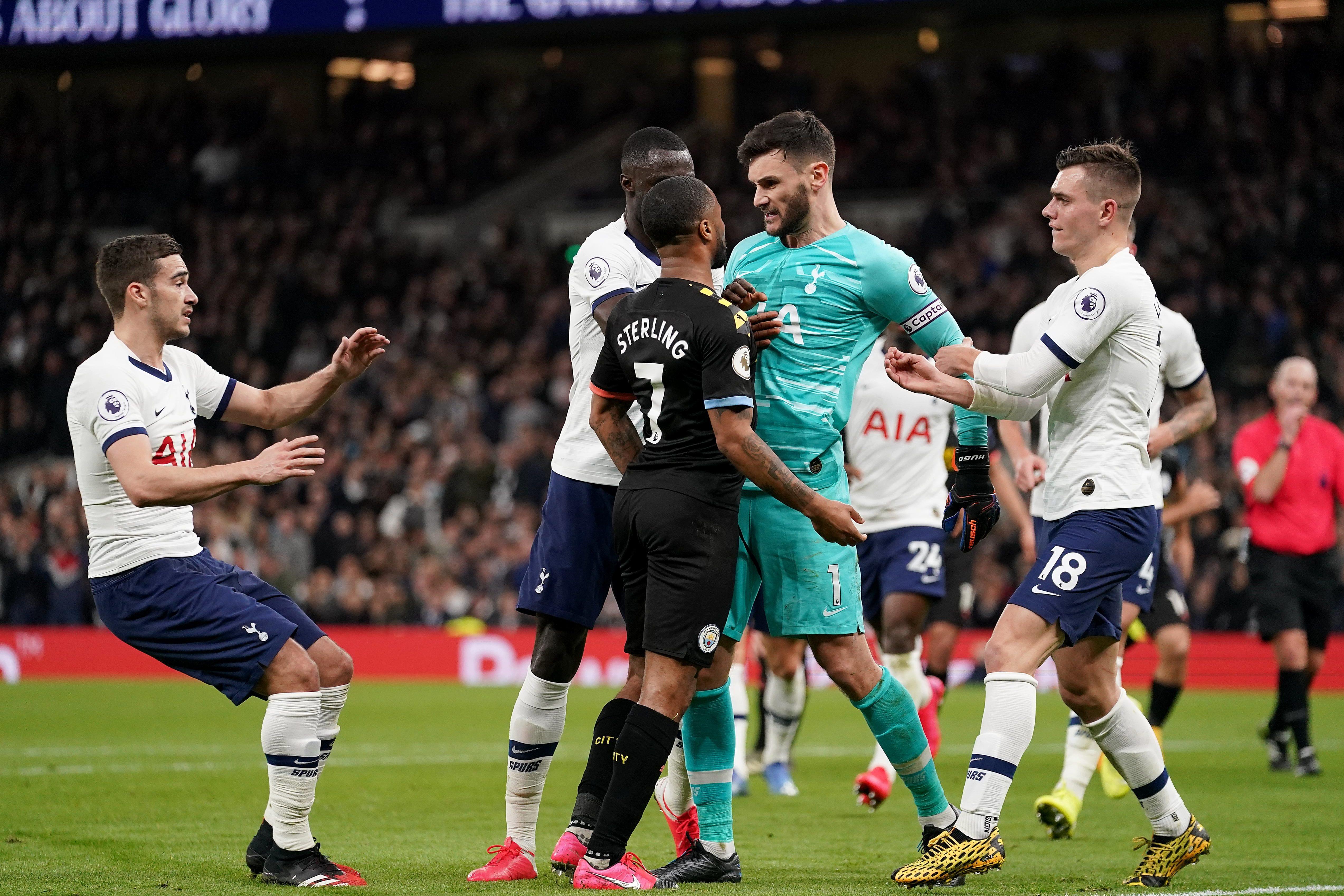 Những tranh cãi do VAR gây nên trong trận Tottenham - Man City mới đây