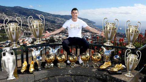 Hôm nay Ronaldo tròn 35 tuổi: Tất cả mới chỉ... bắt đầu