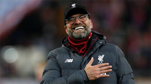 Klopp điều binh bằng điện thoại, Liverpool vẫn đi tiếp ở FA Cup