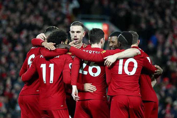 Liverpool đang hướng tới cú đúp mục tiêu: Vô địch Ngoại hạng Anh và cân bằng kỷ lục bất bại của Arsenal