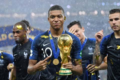 Nhà vô địch World Cup 2018 đang là mục tiêu được săn đón nhiều nhất trên thị trường chuyển nhượng