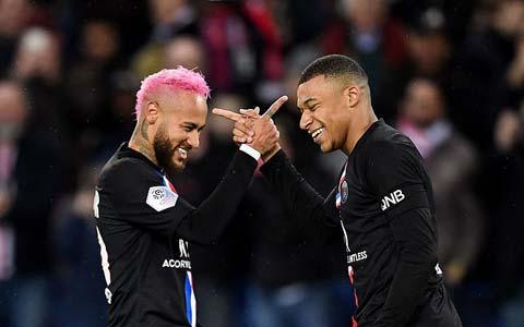 PSG thể hiện sự thống trị tuyệt đối tại Ligue I
