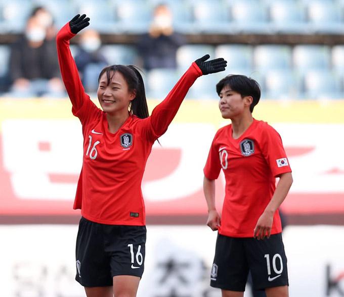 ĐT nữ Hàn Quốc đứng đầu bảng A