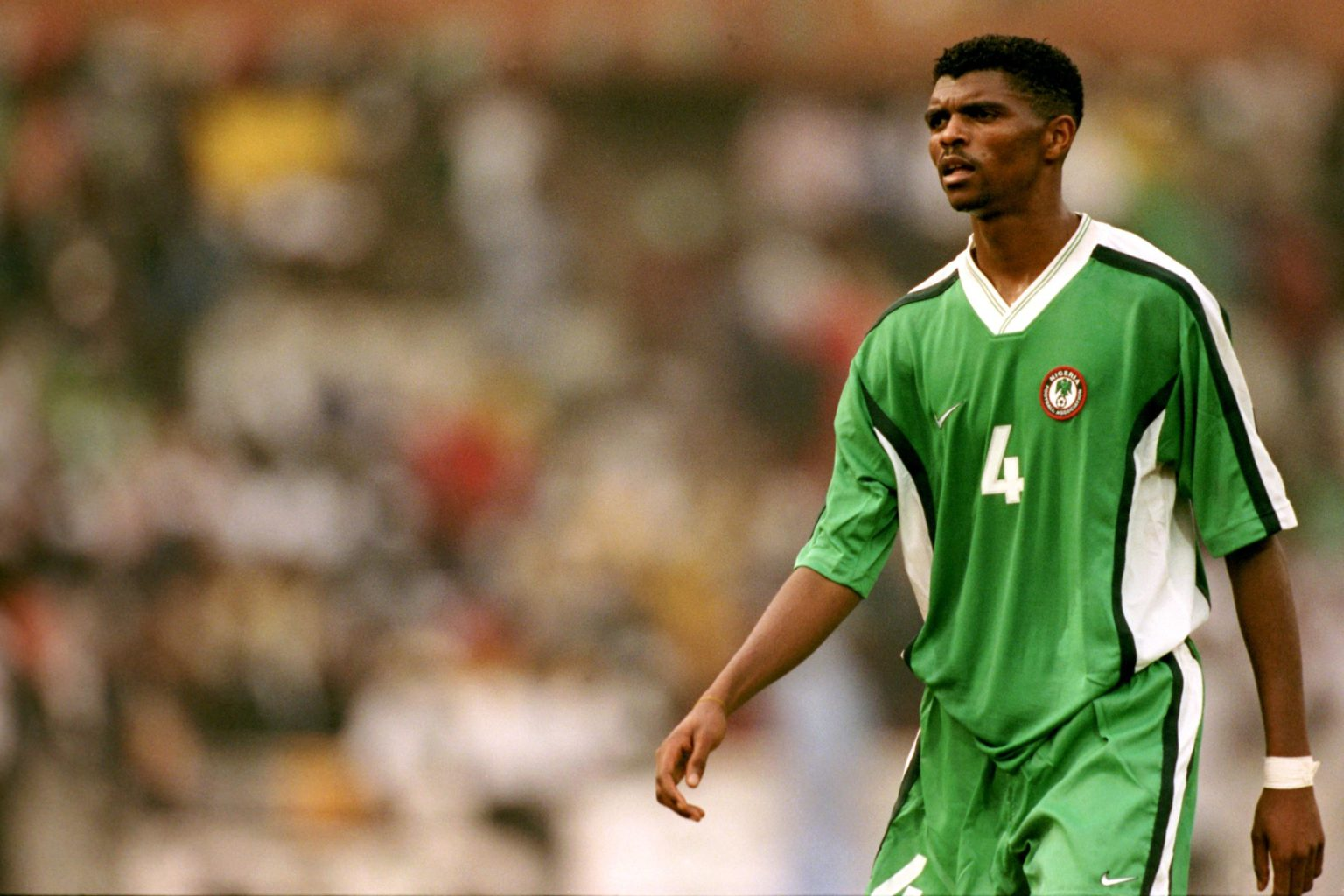 Số 4 Kanu lừng danh của ĐT Nigeria