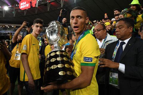 Richarlison đã trải qua một hành trình dài sang Everton rồi tỏa sáng ở ĐT Brazil