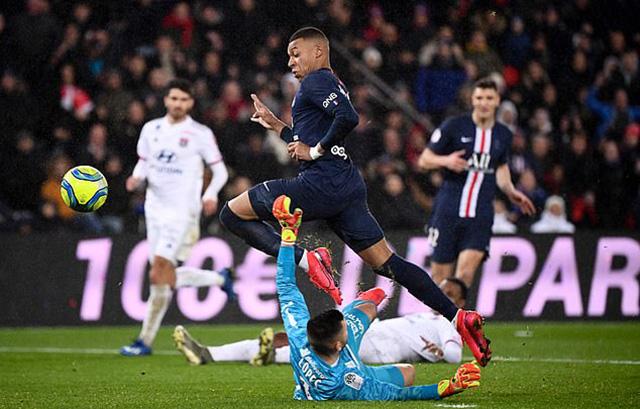 Mbappe cũng có bàn thắng cho riêng mình