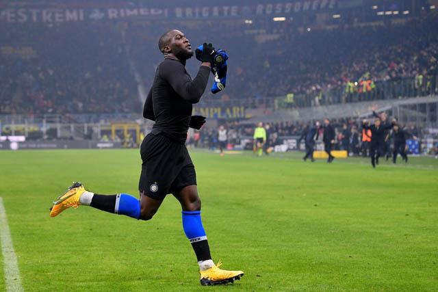 Lukaku ghi bàn quan trọng giúp Inter đánh bại Milan
