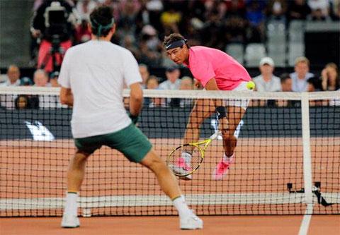 Federer thắng Nadal trong trận đấu kỷ lục ở Cape Town, Nam Phi