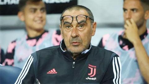 Juventus sa sút chỉ vì Sarri 'quá yêu' Douglas Costa