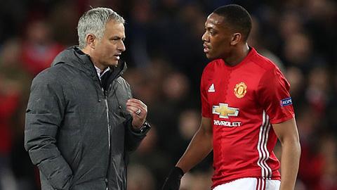 Martial nhắc đích danh Mourinho để chỉ trích