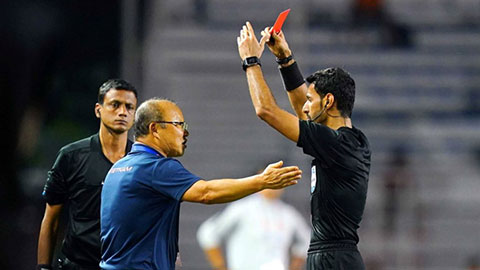 Thầy Park nhận lỗi vì án phạt của AFC