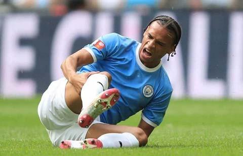 Leroy Sane dính chấn thương dây chằng khiến thương vụ sang Bayern Munich đổ bể vào phút chót