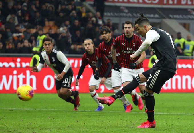 Ronaldo ghi bàn trên chấm penalty ở phút 90 mang về trận hòa 1-1 cho Juventus