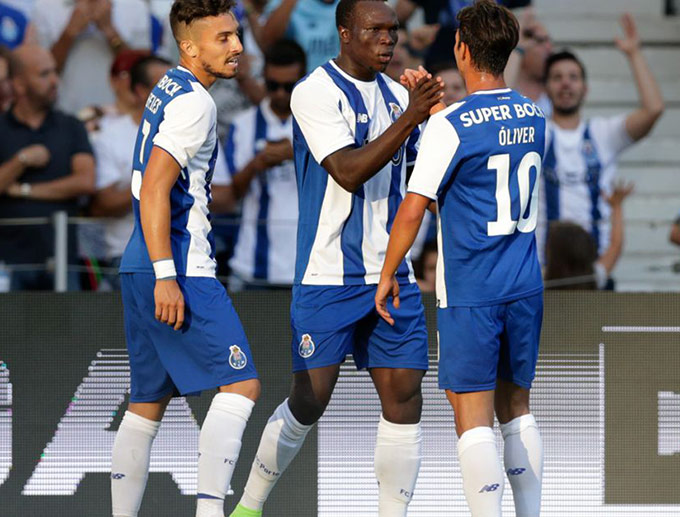 Porto gặp khó khăn vì hạn chế đăng ký cầu thủ tại Champions League