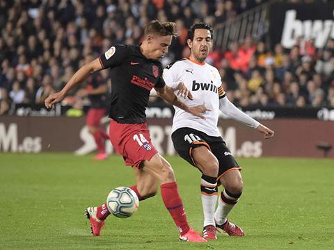Llorente (trái) đã có một trận đấu thành công