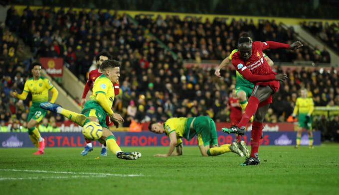 Khoảnh khắc ngôi sao của Mane mang về chiến thắng cho Liverpool
