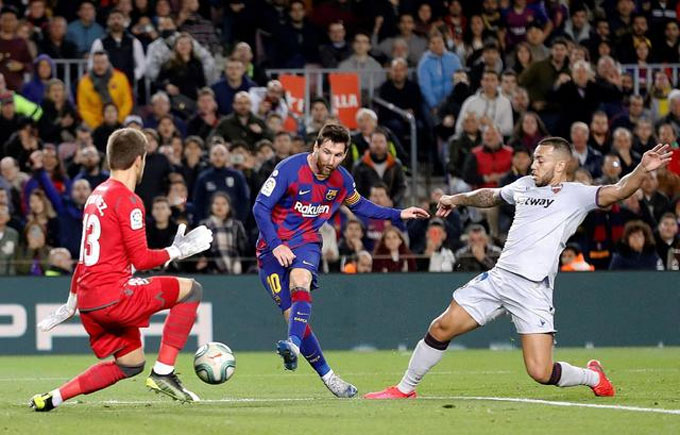 Messi đang đánh mất sự tự tin trước khung gỗ