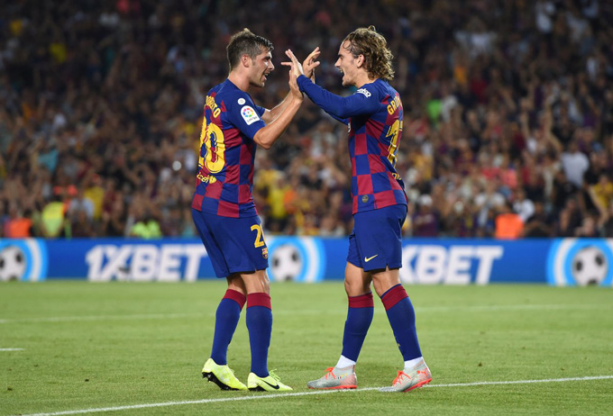 Griezmann và Sergi Roberto cùng nhau lập công giúp Barca dẫn Getafe 2-0 trong hiệp 1