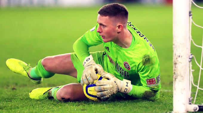 """Dean Henderson đang thi đấu cực hay trong màu áo """"hiện tượng"""" Sheffield United"""