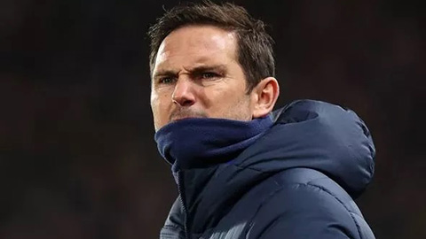 """Fan Chelsea nổi điên với đội hình """"tệ nhất lịch sử"""" của Lampard"""