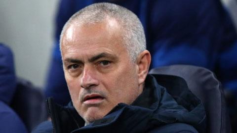 Thua Leipzig, Mourinho ví Tottenham như súng không đạn