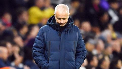 Mourinho đã rơi mặt nạ