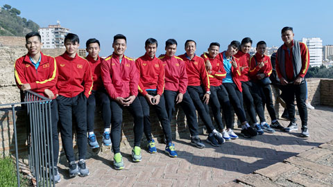 ĐT futsal Việt Nam về nước