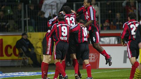 Leverkusen của những năm đầu thế kỷ 21 là đội bóng rất cấp tiến