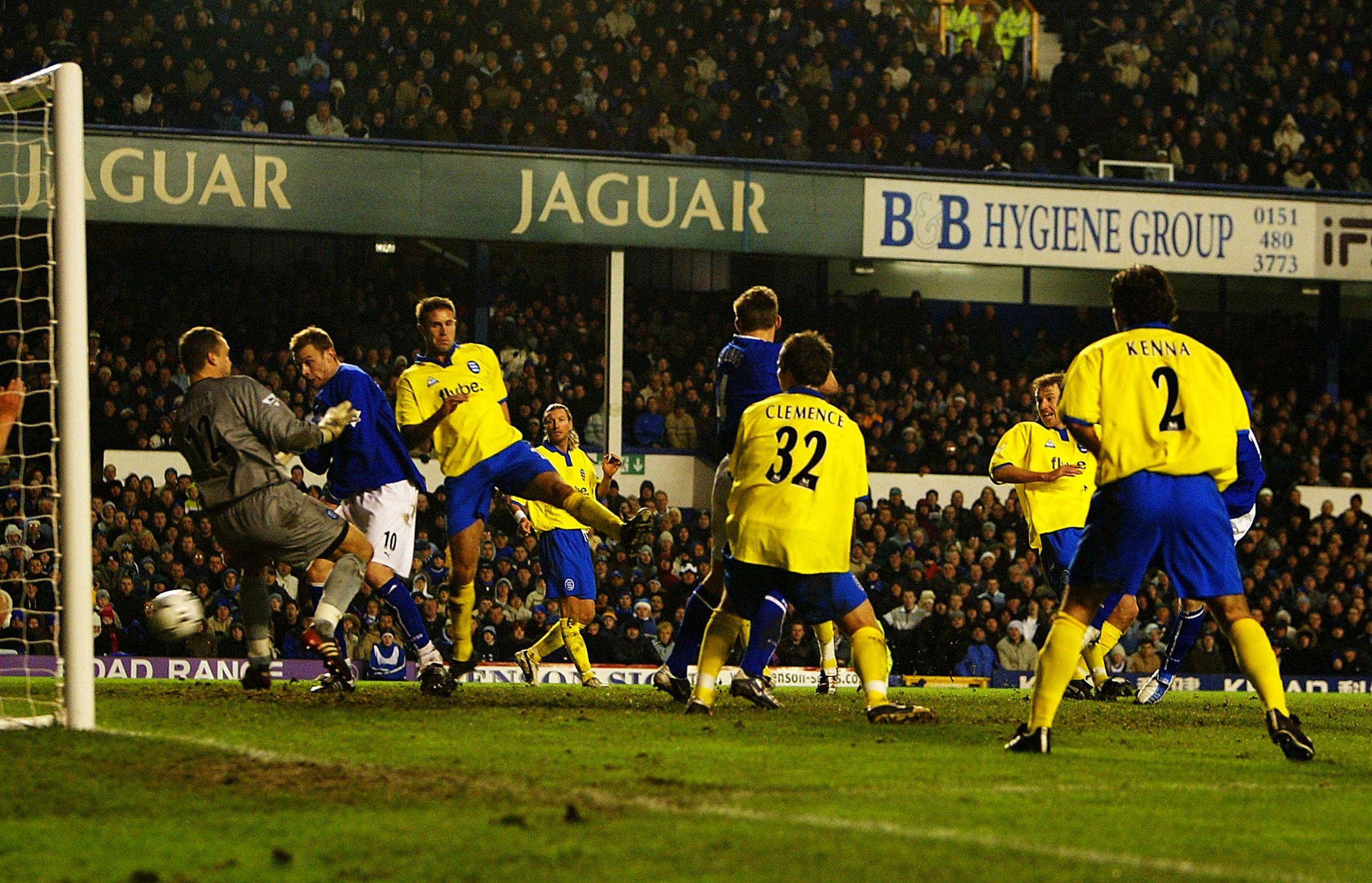 Rooney và kỷ niệm đáng nhớ trước Birmingham