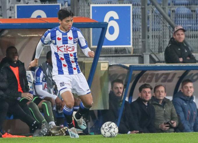 Văn Hậu mới chỉ đá 1 phút chính thức, 3 phút bù giờ ở đội hình chính Heerenveen