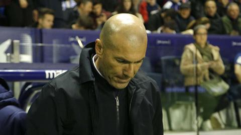 Real không thắng 2 trận liên tiếp, Zidane vẫn nói cứng