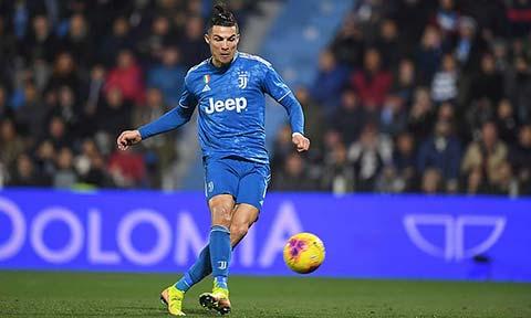 Ronaldo & Cuộc đuổi bắt thứ 1.000