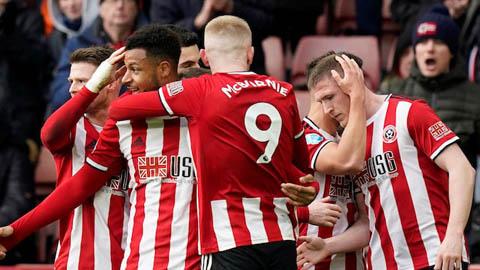 Vòng 27 Ngoại hạng Anh: Sheffield lỡ cơ hội vào top 5, Burnley uy hiếp M.U