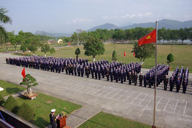 Quang cảnh buổi khai mạc huấn luyện chiến sĩ mới