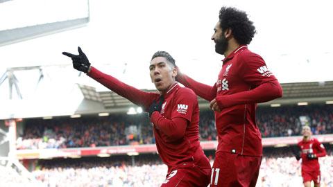 Các cầu thủ Liverpool ăn mừng chiến thắng