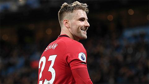 Tin giờ chót 24/2: Thi đấu hay ở M.U, Shaw mơ dự EURO 2020
