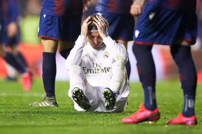 Cú sẩy chân tại Ciutat de Valencia sẽ mang đến nhiều hệ lụy tai hại cho Real