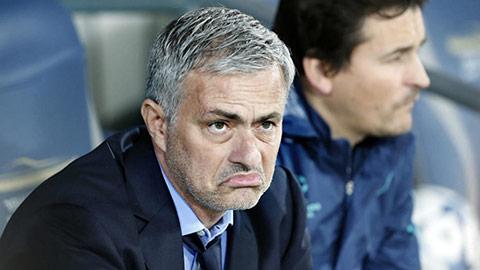 """Mourinho đang xây dựng """"Văn hóa bào chữa"""" ở Tottenham"""