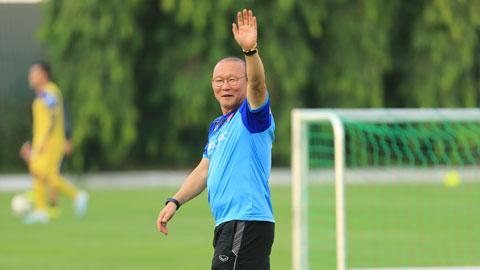Thầy Park (ảnh phải) rất vui khi Công Phượng thể hiện phong độ ấn tượng ở CLB TP.HCMẢnh: TP.HCM FC