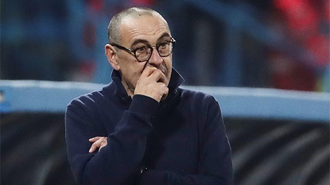 Juventus sẽ sa thải HLV Sarri nếu thua Inter