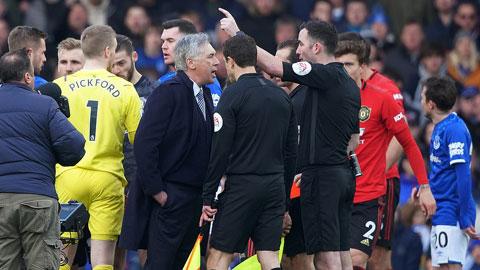 Lý do bàn thắng của Everton vào lưới M.U bị từ chối