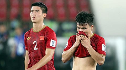 Phương án nào thay hàng thủ thủng lỗ chỗ ở đội tuyển Việt Nam?