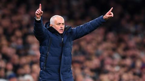 Mourinho thấy bất công khi Tottenham bị Wolves ngược dòng