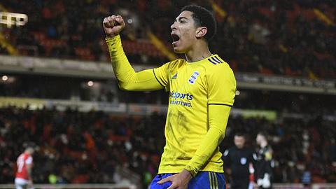 Dortmund biến mục tiêu của M.U thành bản hợp đồng kỷ lục Hè 2020