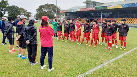 HLV Mai Đức Chung: Australia rất mạnh nhưng ĐT nữ Việt Nam cũng đã sẵn sàng